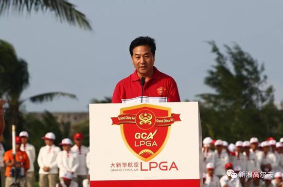 2008年大年夜  新华航空LPGA赛上的中高协掌门人张小宁(摄影:王述)
