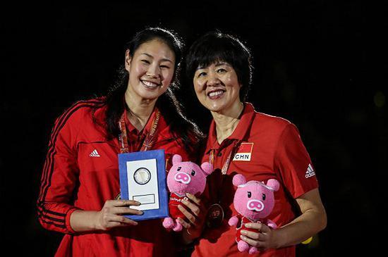 颜妮荣膺2018年女排世锦赛最佳阵容。(图片来源:视觉中国)