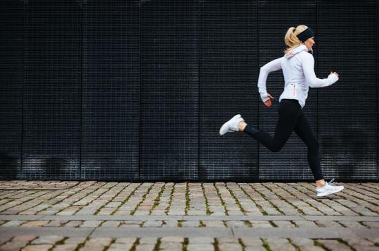 跑步是一种修行 坚持后10大好处越看越过瘾!