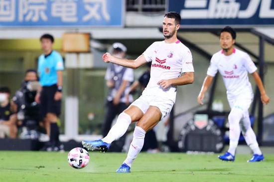 J联赛大板樱花官宣约尼奇加盟上海申花 四年仅缺席一场比赛