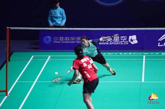 羽球冠军赛福建男女队携手进决赛 分别与浙鄂争冠
