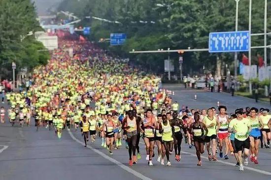 维护参赛选手身体健康 银川马拉松赛延期举办