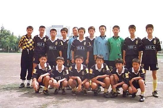 中国版库伊特:从边锋踢到后腰 再从前锋踢到后卫