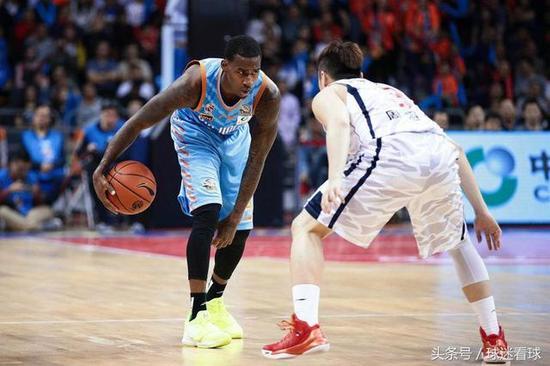 新疆第一大腿或加盟NBA?有一点不如中国球员