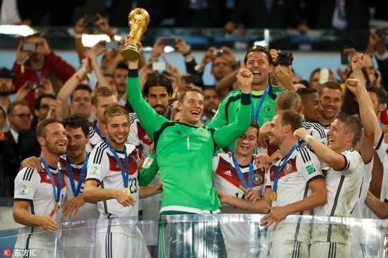 德国队成为了一支活在昨天的球队。