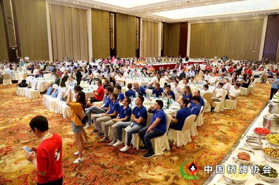 第十七届桥牌世青赛吴江落幕 中国U25女队夺冠