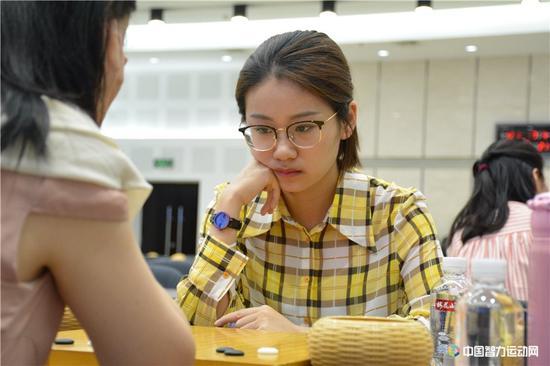 於之莹:用AI训练有所帮助 希望中国女棋手加把劲