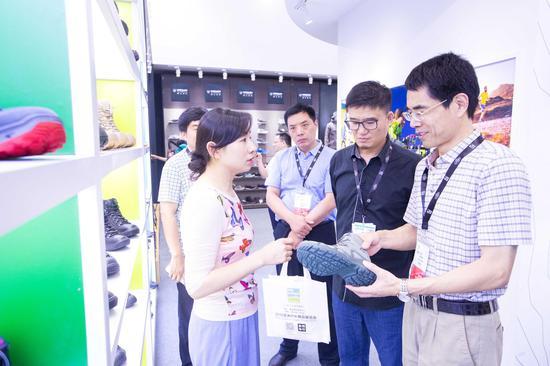 """从""""心""""起程:南京宁菲展览竖立亚太户表产业展览会。"""