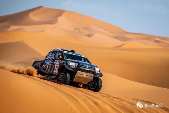 撒哈拉沙漠赛段难度高