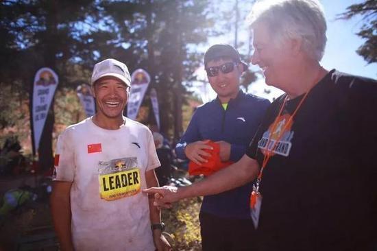 往年9月刚博患上美国G2G越野赛冠军的陈盆滨心愿在越野滑雪名目再次创作发明古迹