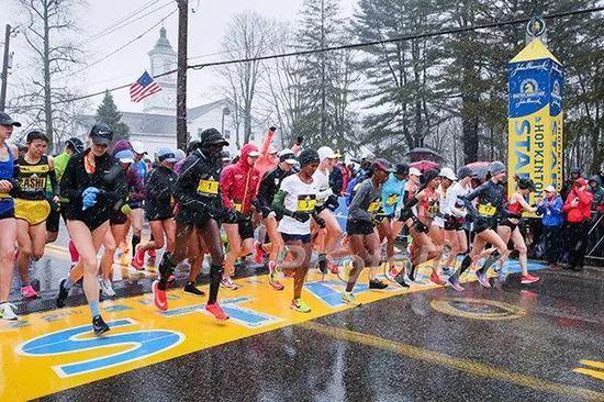 多多跑者喜欢好的波士顿马拉松赛
