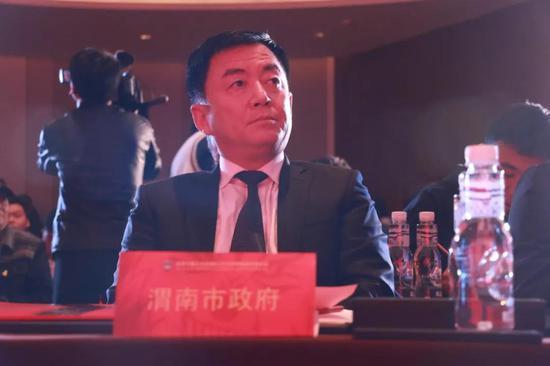 渭南市政府副秘书长李晓京