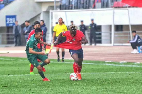 Q:作为一名外援,目前对陕西的历史文化和足球文化有什么了解吗?