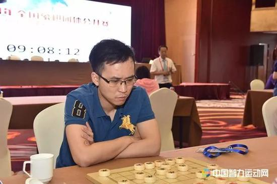 赵鑫鑫在比赛中