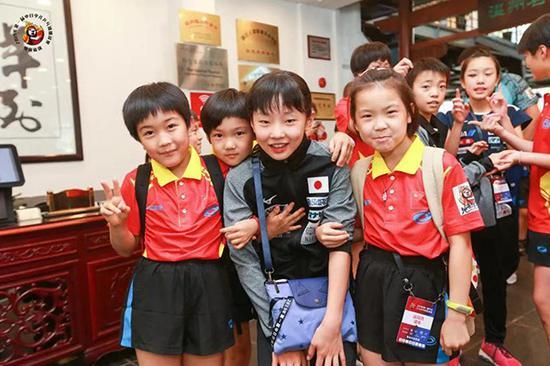 中日幼球员一首游览温州