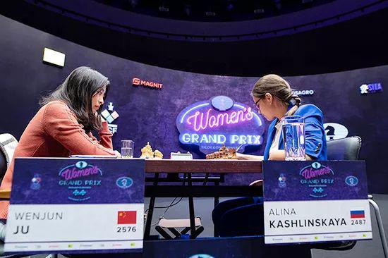 国际象棋女子大奖赛第六轮结束 居文君领跑积分榜
