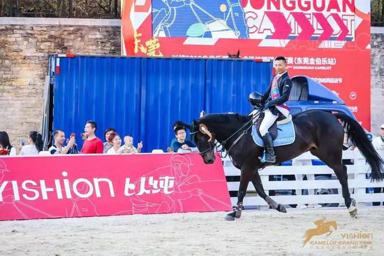 马娱 中国首次160级别比赛