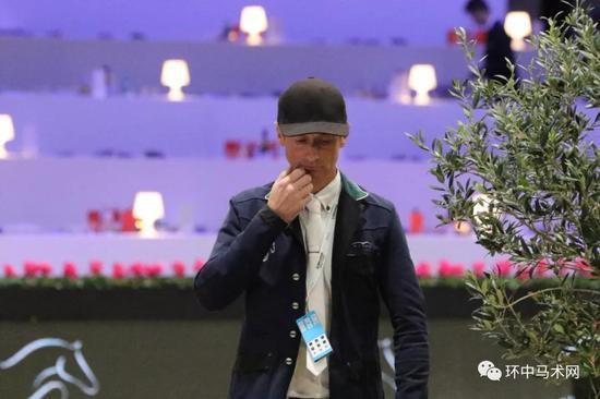 场地障碍世界杯莱比锡站:丹尼斯·林奇斩获冠军