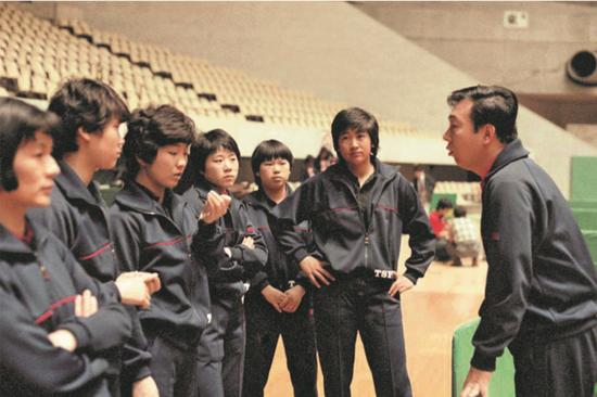 张燮林如何培养出邓亚萍:国乒要赢球还要赢心