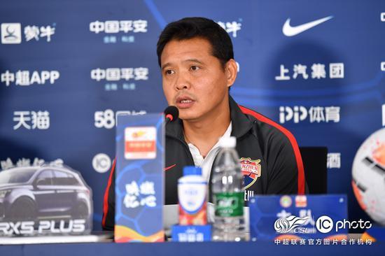 张效瑞:没有赢下比赛很可惜 还没来得及和新帅沟通