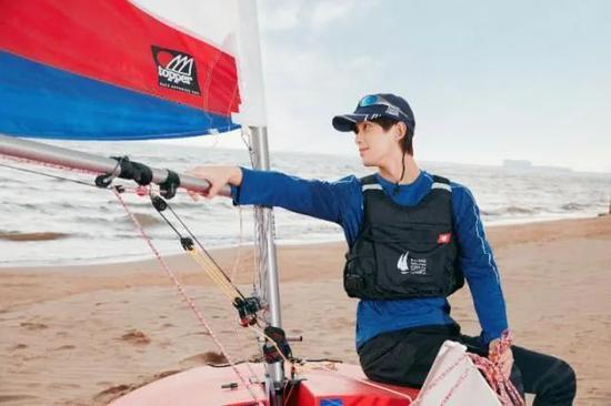 牵手吴磊举办名人赛 中帆协为何要力推跨界融合?
