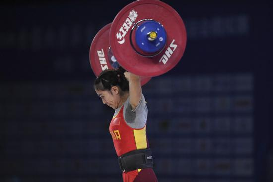 全国女子举重锦标赛首日丰收 三项全国纪录被打破