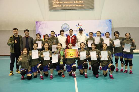 """手球这个小众项目 为何能成为上海校园里的""""大户""""?"""