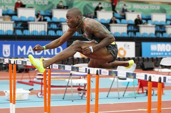 美国飞人室内赛48连胜 奥运110米栏冠军非他莫属