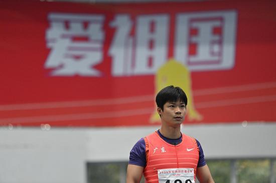 室内田径邀请赛王宇跳高夺冠 没受伤的苏炳添回来了