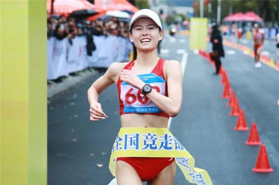 杨家玉奔着世界纪录来 相信奥运金牌肯定属于中国
