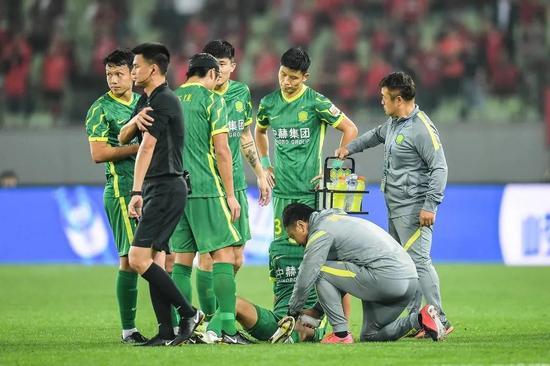 评论:北京国安踢了两轮 比利奇还没找着北!