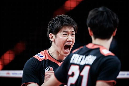 世联石川祐希25分难救主 法国男排3-2险胜日本