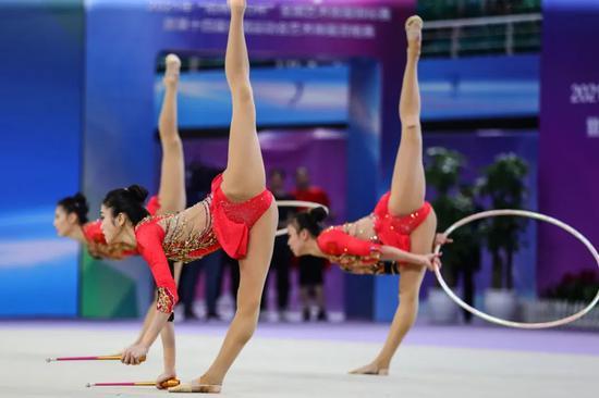 全锦赛发挥出色 艺术体操国家队坚定备战信心