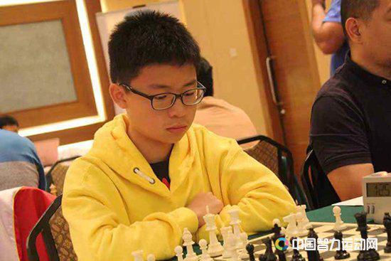 马来西亚年轻棋手赖力彰