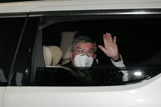 巴赫抵达日本 五方会谈确定奥运是否空场
