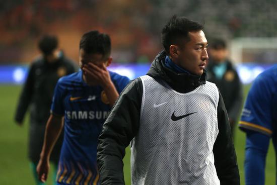 新华:泡沫早些破掉或是好事 中国职业足球到分水岭