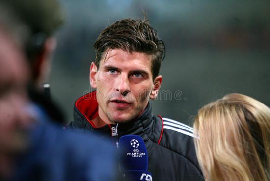 德国超级锋霸正式宣布退役 曾助拜仁夺三冠王