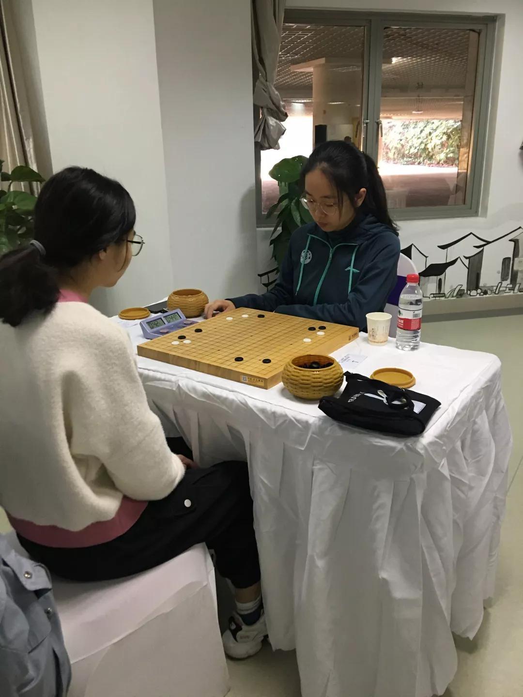 云林杯大学生围棋赛:浙大围棋队包揽团体冠军季军  第2张