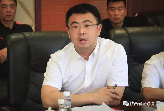 省足管中心主任、省足协常务副主席兼秘书长李刚