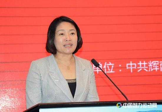 国家体育总局棋牌运动管理中心象棋部主任、中国象棋协会秘书长郭莉萍发言