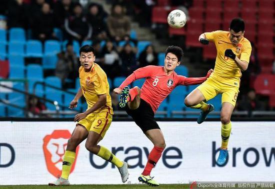 韩国队轻取国足。