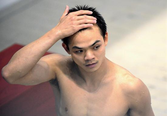 全国跳水冠军赛:彭健烽成功卫冕男子1米板冠军
