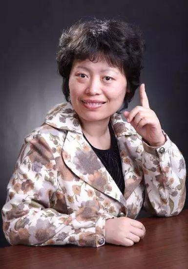 中国国际象棋始位国际象棋女子世界冠军谢军