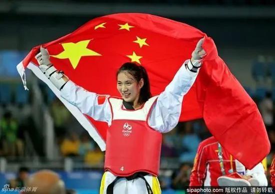 中国这对奥运金牌情侣,值得关注