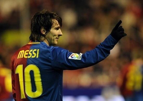 梅西迎巴萨10号10年纪念日 西超杯后或再创一