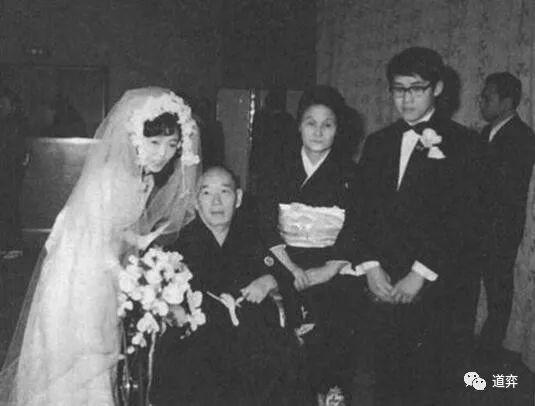 围棋史上的10月12日:小林光一开启姐弟恋先河
