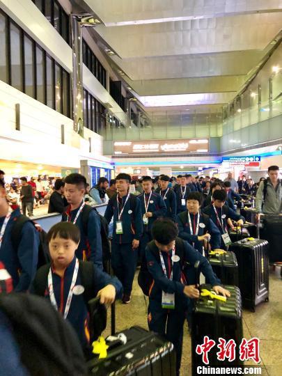 特奥会中国队:运动改变着他们,团队铸就国球辉煌。