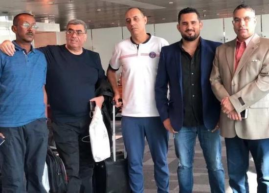 五名卡塔尔记者被阿联酋当地扣留在迪拜机场并被遣送回国