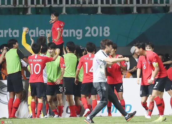在决赛首开纪录的李昇祐