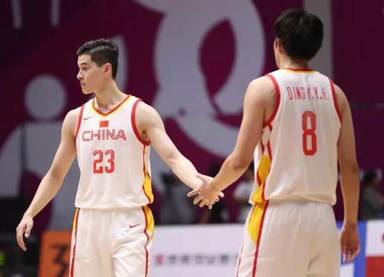 中國人在美國砍下最高分!他讓大家看到了中國籃球的未來(影)-Haters-黑特籃球NBA新聞影音圖片分享社區